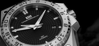 Linde Werdelin 3-Timer GMT Replica Watch