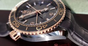 Omega Seamaster Planet Ocean Deep Black Replica watch