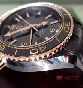 Omega Seamaster Planet Ocean Deep Black Replica watch