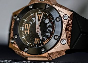 Linde Werdelin Tattoos The Oktopus Moon Watch Watch Releases