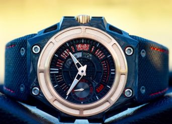 Linde Werdelin SpidoLite Tech Gold Watch Review Wrist Time Reviews
