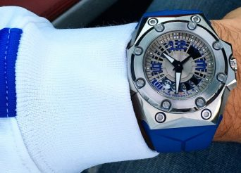 Linde Werdelin Oktopus BluMoon Watch & Reef Dive Instrument Review Wrist Time Reviews